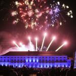 Feuerwerk am Samstagabend über dem Schloss Bellevue.