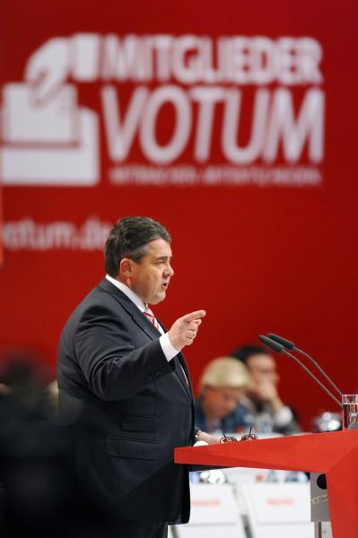 SPD-Bundesparteitag 2013, Leipzig.  Foto: Sigmar Gabriel, SPD-Parteivorsitzender, spricht zu den Delegierten.