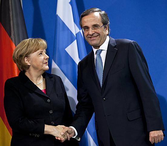 Merkel begrüßt griechischen Ministerpräsidenten Samaras
