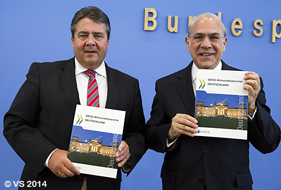 Bundeswirtschaftsminister stellt neuen Deutschland-Bericht der OECD vor- Federal Minister of Economy and Energy presents new Germany-OECD report
