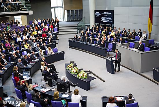 Schriftsteller Kermani hält Festrede im Bundestag