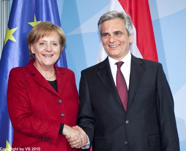 Angela Merkel und Werner Faymann 2010 im Kanzleramt. (Foto/Archiv: Avon Stocki)